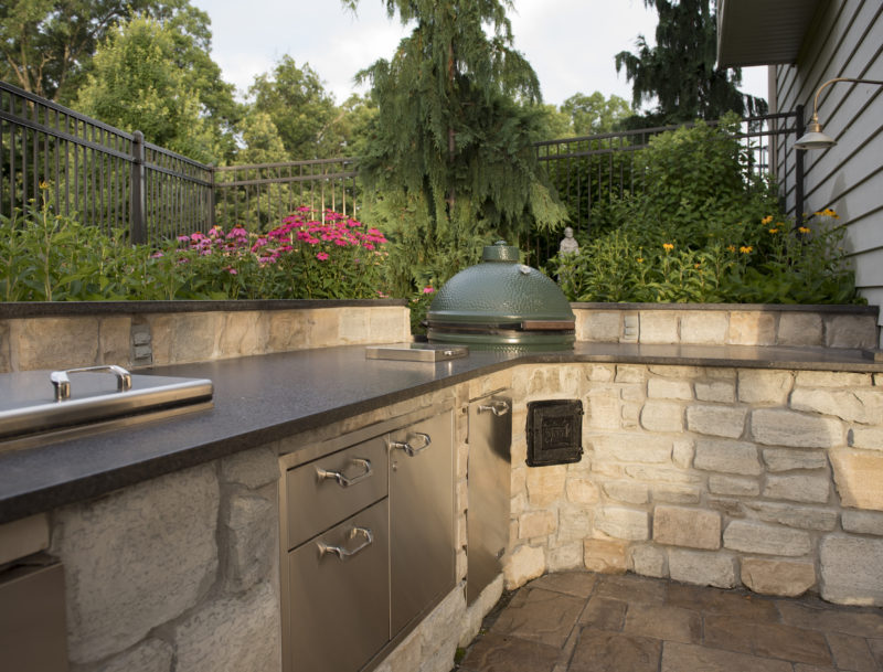 St. Louis Landscaping, pool, outdoor kitchen, outdoor fireplace